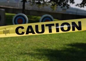 Acciones a la baja a medida que prevalece el estado de ánimo de riesgo