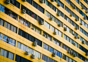 Disminuye la compraventa de vivienda en España