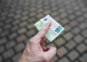 El cambio del euro frente al yen japonés, el franco suizo y la libra esterlina.