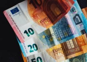 El cambio Euro Dólar Estadounidense en la línea de tendencia al alza. El franco suizo se está fortaleciendo. El cambio del euro a la libra esterlina está cayendo