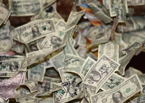 El Dólar pierde fuerza con principales cruces