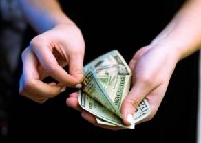El dólar (USD) se debilita a medida que las peticiones iniciales del subsidio de desempleo caen por debajo de 1 millón