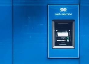 El Ibex baja un 2,51% arrastrado por la banca