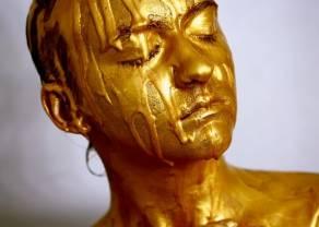El oro se resiste a todo y sigue encerrado
