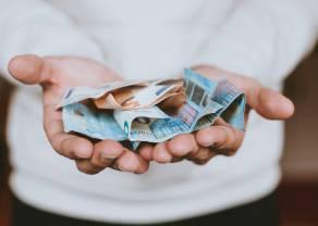 El salario medio en España llega a los 1.944 euros al mes