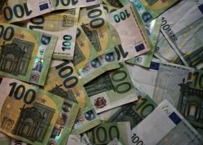 En el cambio Euro Dólar (EURUSD), el Euro cede de nuevo frente al Dólar