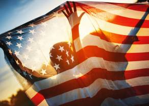 Existencias mundiales mezcladas después de que las existencias de los Estados Unidos terminen más bajas