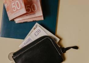 La libra sigue perdiendo fuerza frente al euro (GBPEUR), mientras las negociaciones entre Reino Unido y la UE están prolongándose. ¿Cuál es la cotización actual de la libra frente al dólar, franco suizo y al yen?
