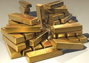 El Oro continúa en su pedestal y sitúa su cambio en 1.648,80 Dólares, el Petróleo Brent y Cobre ascienden de manera leve.