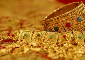 Materias Primas; El Oro sitúa su valor en 1.565,400 Dólares además comprobamos el Petróleo Brent y Cobre