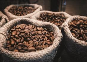¿Qué pasa con los precios del café Arábica? La agencia agrícola Conab ha rebajado su pronóstico para el café arábica en Brasil