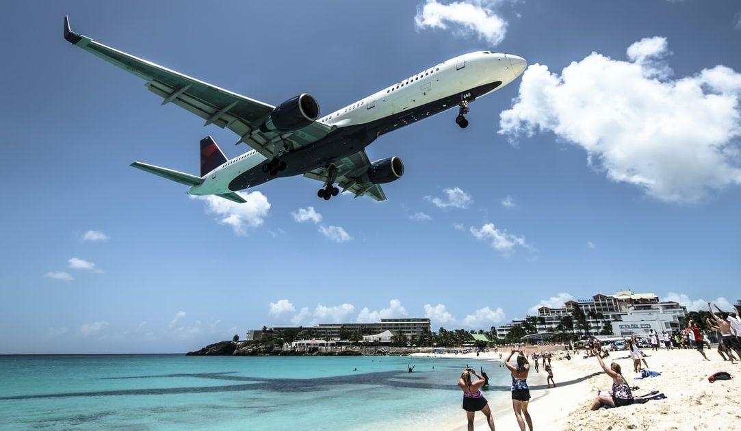 ¡Análisis nuevo de American Airlines, Delta Air Lines, el ETF United States Oil, Wells Fargo y Bank of America!