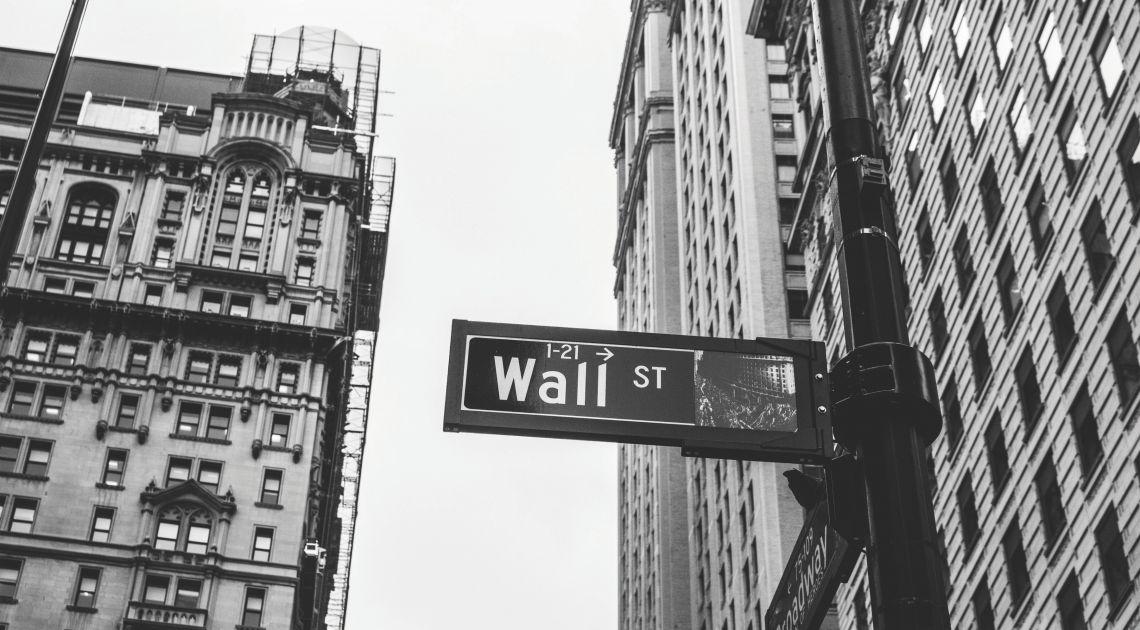 Caídas en la bolsa de Nueva York. El Dow Jones Industrial Average descendió un 0,96%
