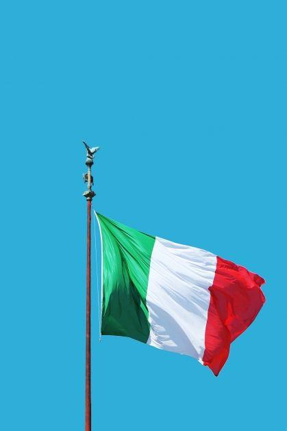 Di Maio presenta dimisión dejando a Italia con deuda