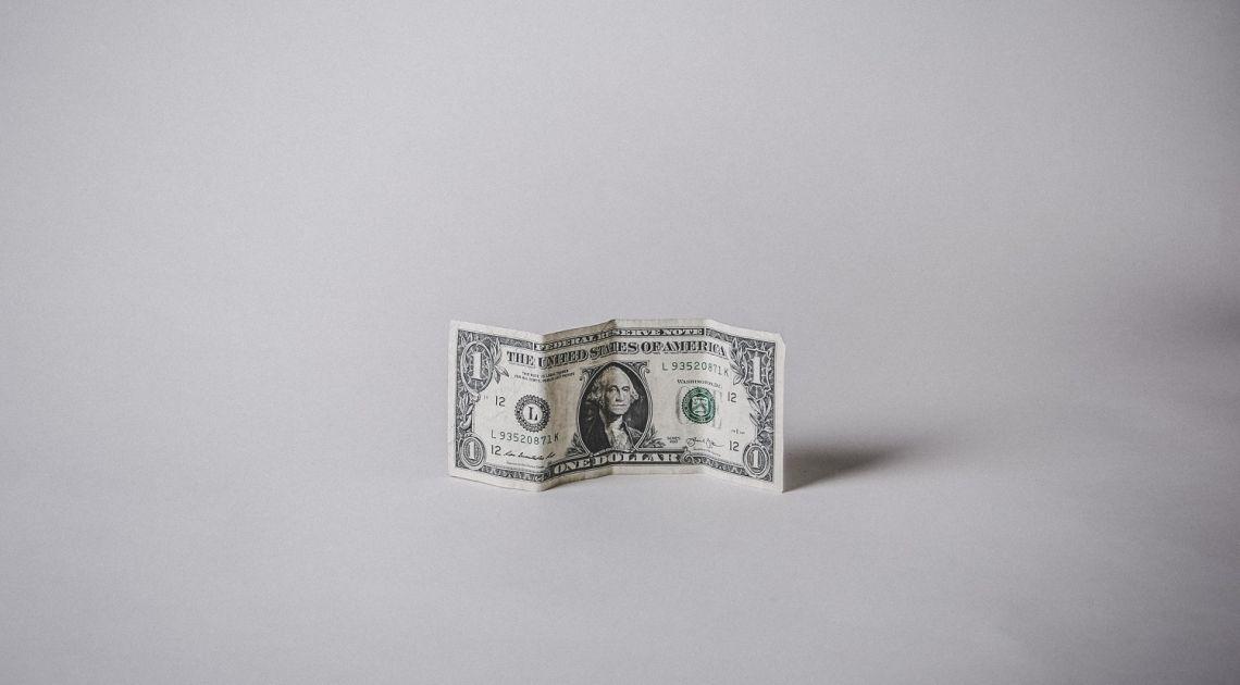 El dólar sigue muy débil frente al franco suizo (USDCHF), la libra se estabiliza frente al euro (GBPEUR). ¿Qué está pasando con el cambio del euro y de la libra al dólar (EURUSD, GBPUSD)?