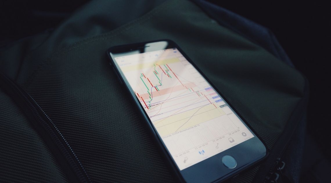 El Ibex pierde los 9.600 puntos. El virus chino sigue preocupando a los inversores.