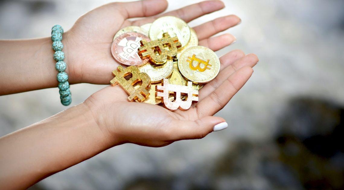 El mercado de divisas comienza el día a la baja… La cotización del ethereum y del dogecoin frente al euro se debilita (ETHEUR, DOGEEUR), el par BTCEUR intenta subir