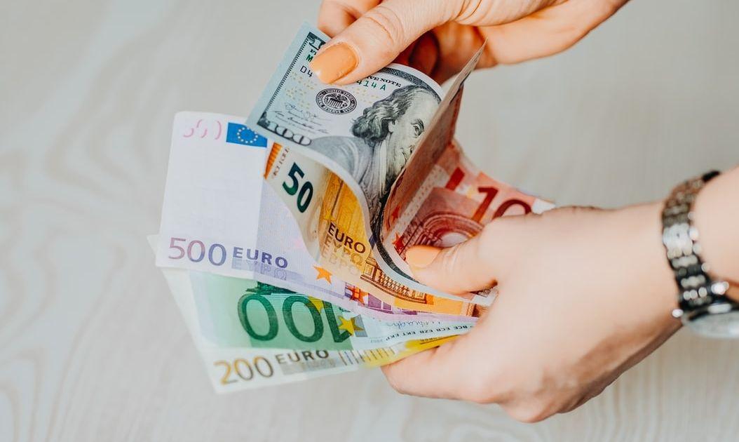 ¡El precio del Euro elevándose frente al Dólar (EURUSD)! Los valores del cambio Euro Libra (EURGBP) fieles a los 0.89, mientras que el cambio Euro Yen (EURJPY) se ve dominado por las subidas