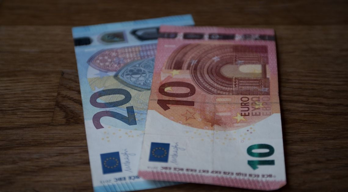 El SMI se queda en 950 euros al mes