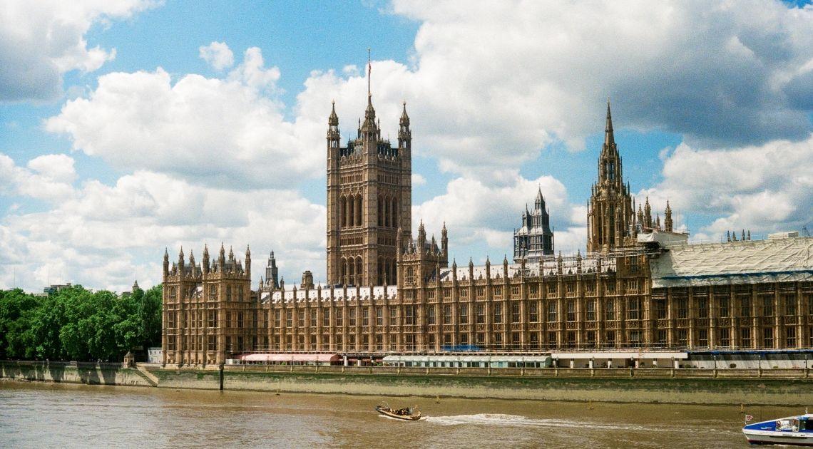 Elecciones anticipadas en Reino Unido. Una nueva estrategia de Johnson