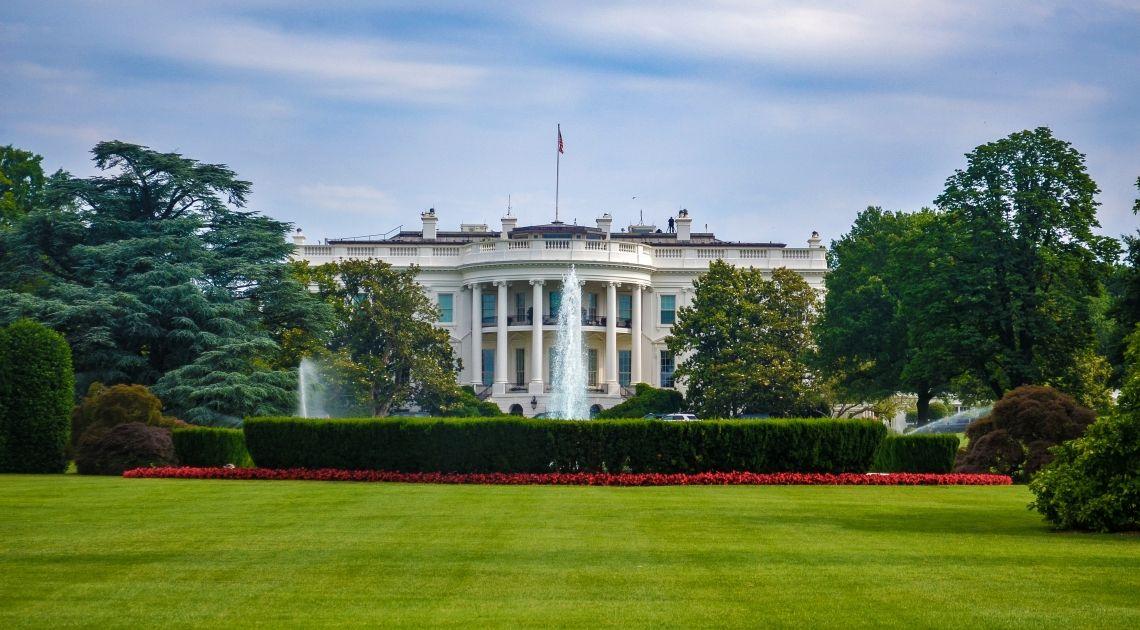 Estados Unidos y China: una conversación telefónica da esperanzas para el acuerdo comercial