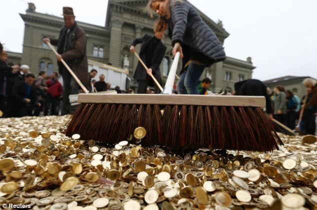 ¿Se estará manteniendo el cambio Euro Franco al margen de la Fed? EURCHF