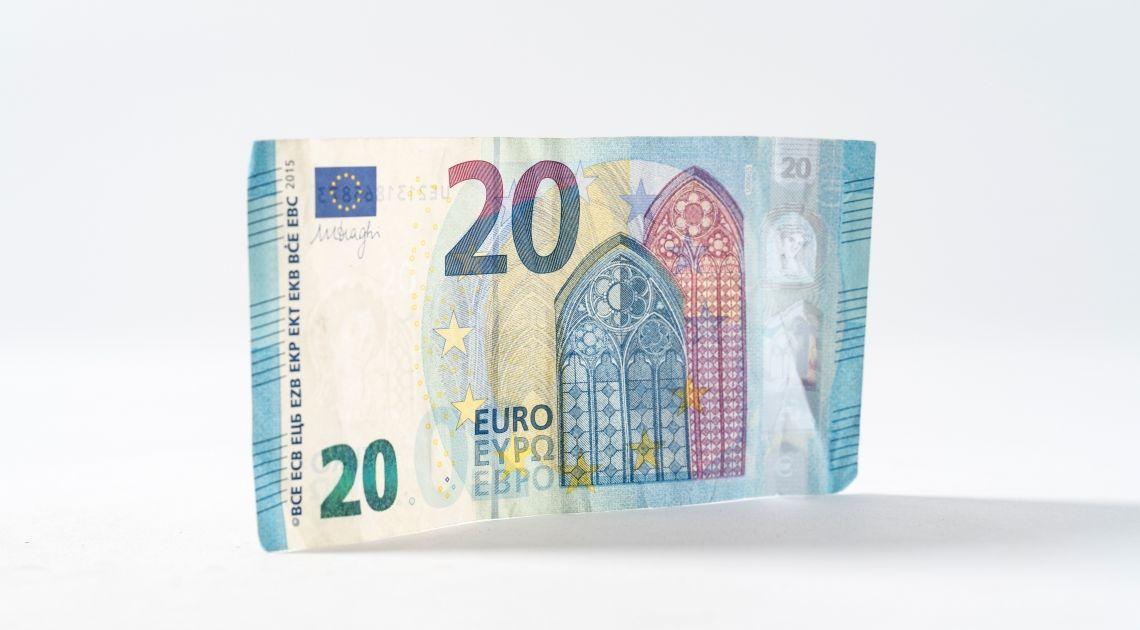 Eurozona: la inflación sube, la actividad empresarial sigue estancada