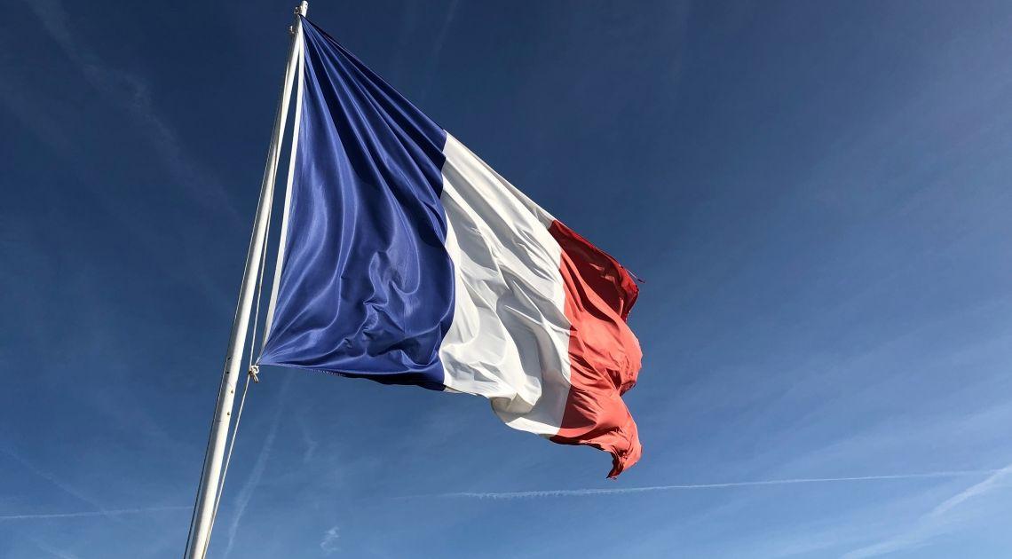 Francia y EEUU toman 15 días más por la 'tasa Google'