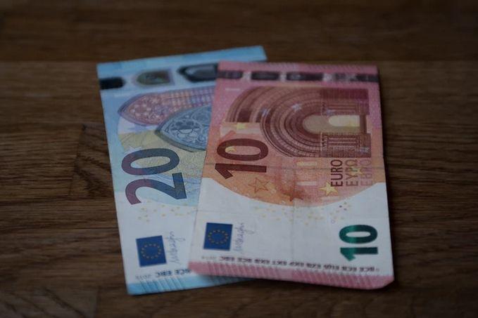 Importante apreciación del Euro con respecto al Greenback