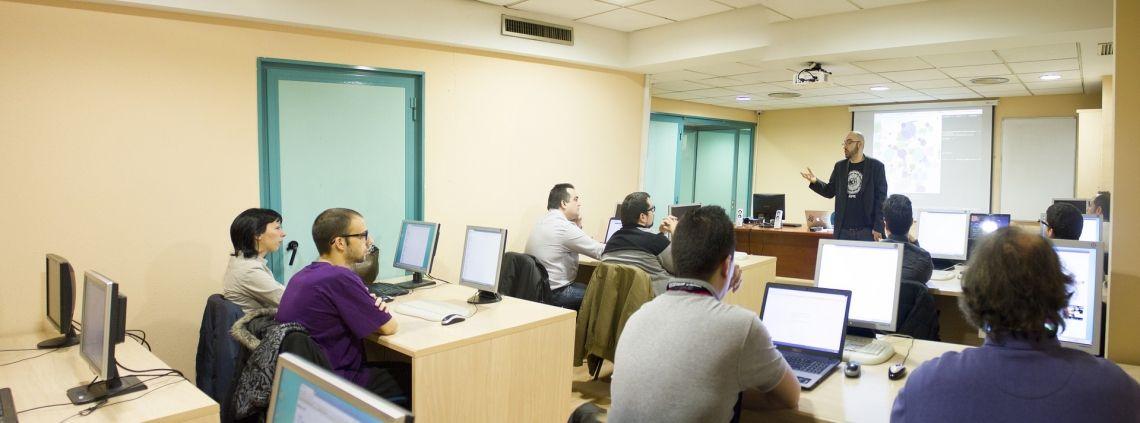 """Indicadores Técnicos Forex """"Cómo usarlos"""" (Estrategias MACD y RSI)"""