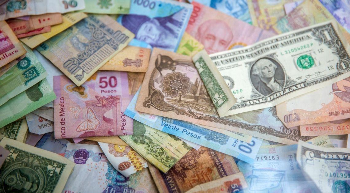 La aversión al riesgo disminuye, el dólar cae frente al franco suizo (USDEUR). El euro y la libra esterlina siguen cerca de los mínimos del día anterior