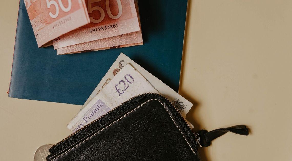 ¡La libra intenta rebotar frente al dólar y al yen (GBPUSD, GBPJPY)! Sin embargo, sigue debilitada frente al euro y al franco suizo (GBPEUR, GBPCHF)
