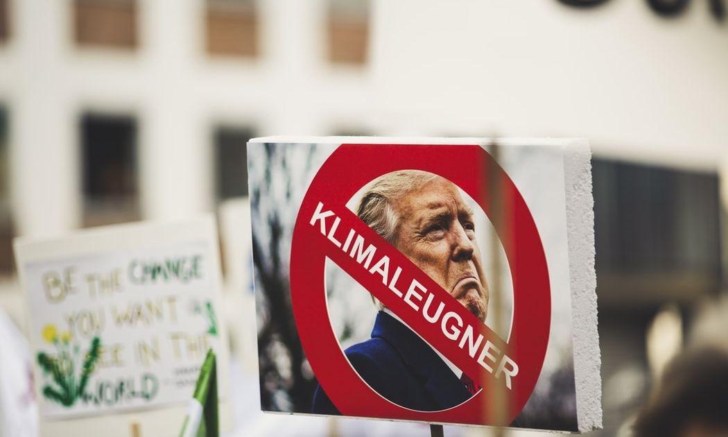 Las acciones retroceden porque Trump se niega a ceder
