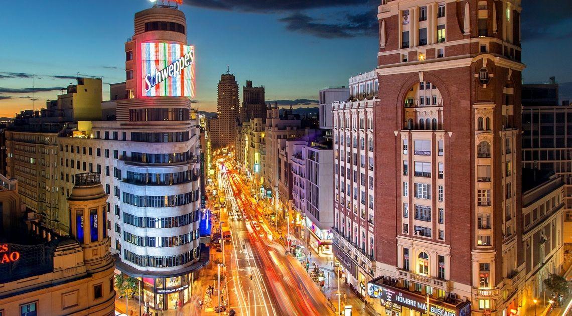 Los índices Españoles dan las buenas noches en rojo; el IBEX 35 ha retrocedido un 0,04%