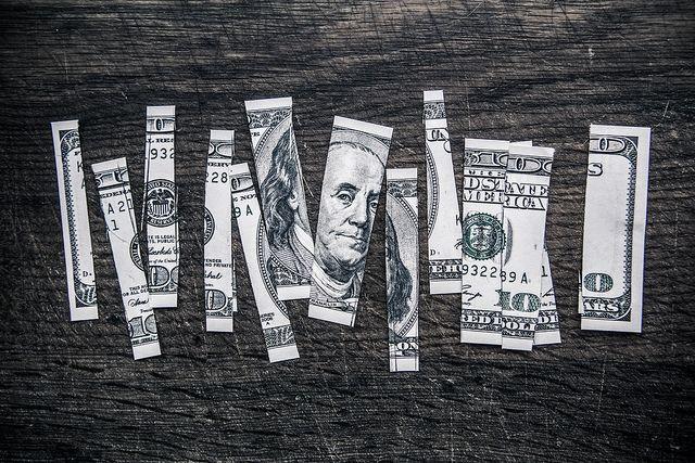 ¡Los inversores no se arriesgan a invertir en el cambio Euro Dólar (EURUSD)! El cambio Euro Yen (EURJPY) pendiente de los 130 en todo momento. ¿Inviertes en el cambio Euro Libra (EURGBP)? Atento a esto...