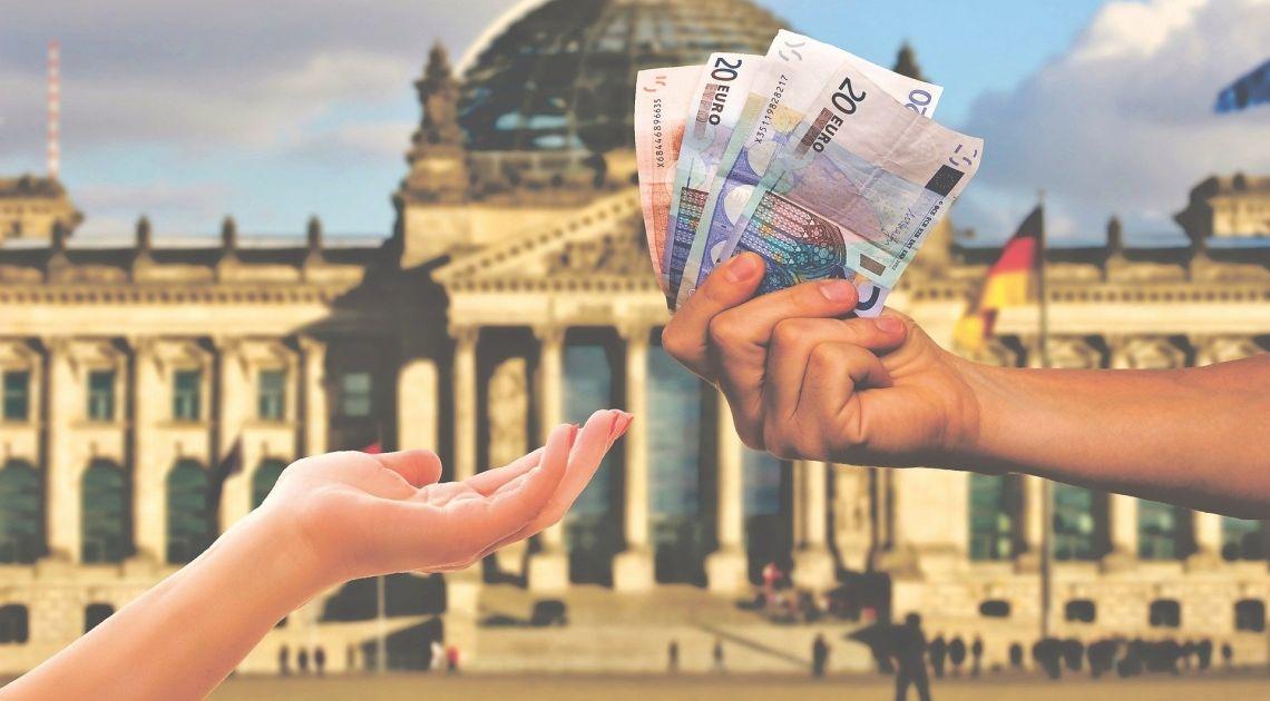 Registro del Euro en comparación con la Libra Esterlina el Yen Japonés y el Peso Mexicano a 23 de noviembre del 2019