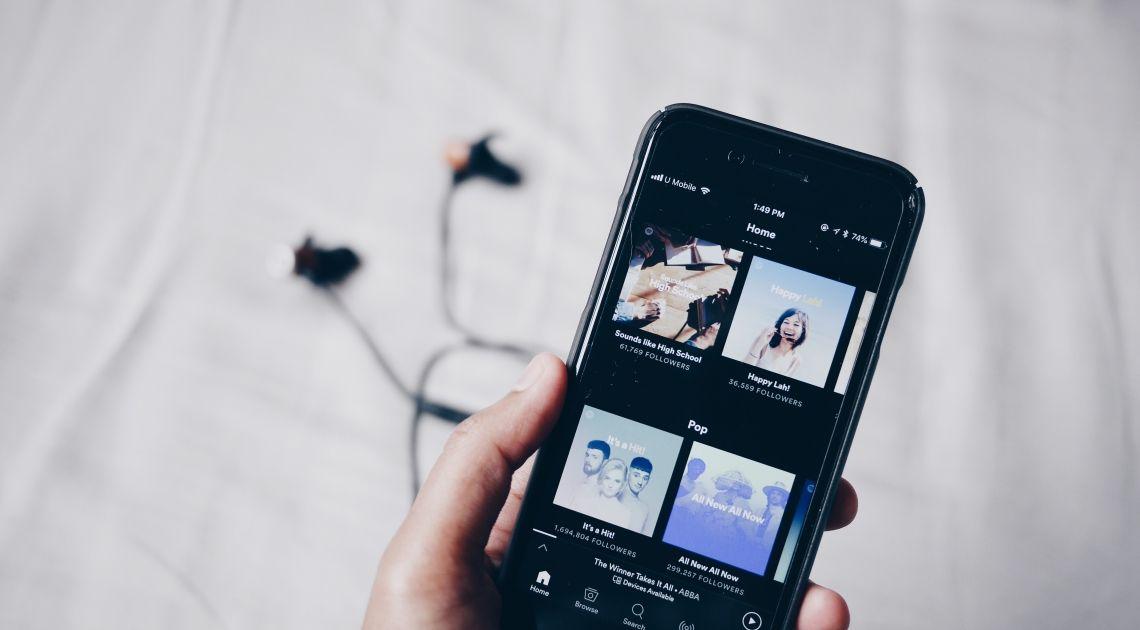 Spotify multiplica su beneficio y sube un 15% en la Bolsa