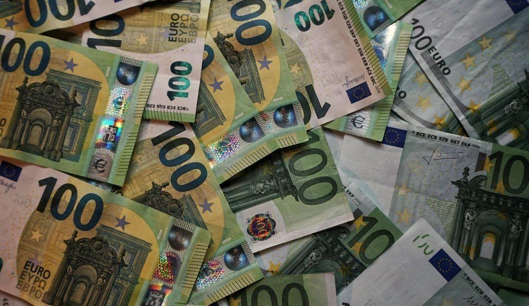 Tipo de cambio del Euro frente al Zloty.  ¿Qué pasa con el desempleo en los Estados Unidos?