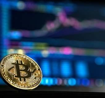 ¡El bitcoin se acerca de nuevo a los 34000.00 USD! Su cotización frente al euro y a la libra esterlina también está ganando fuerza